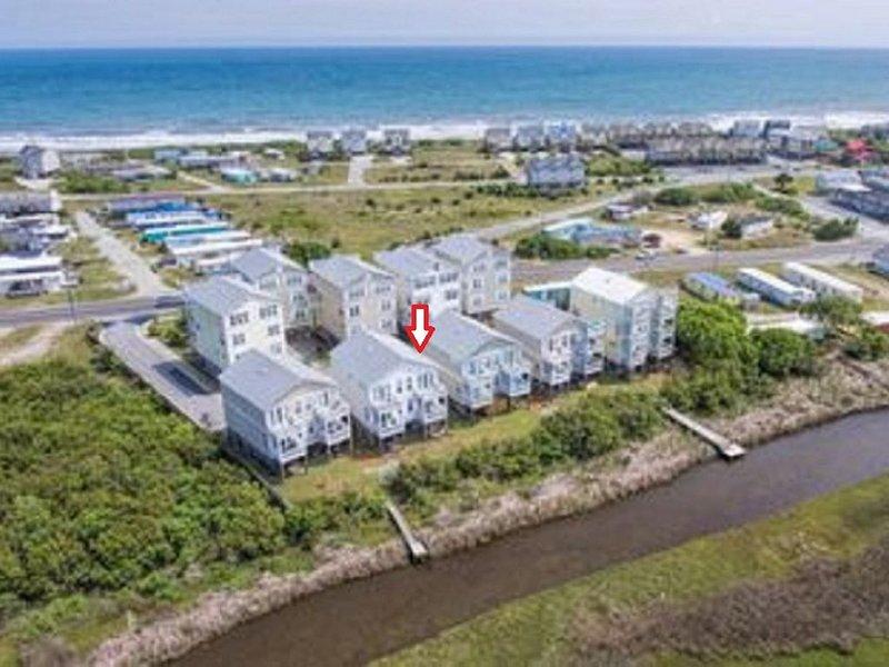 So Much Fun! 3 BR 3 Bath Beach House Topsail Island Surf City NC 5 mins walk bch, holiday rental in Surf City