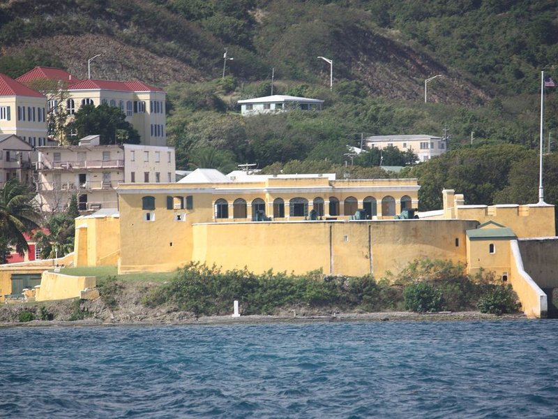 FORT CHRISTIANSTED, HISTORIC SITE