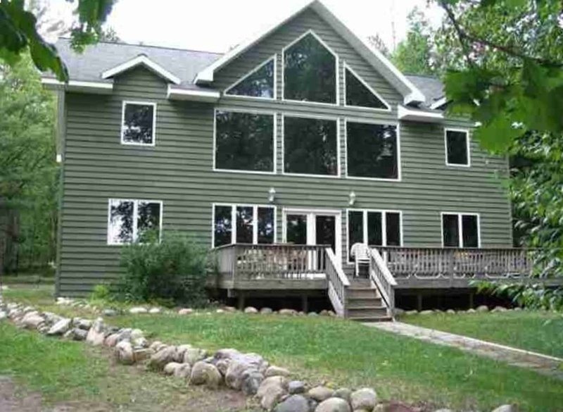 Gorgeous Lakefront Lodge, location de vacances à Park Rapids