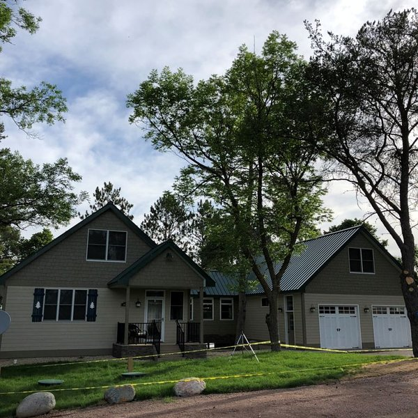 Newer Construction 5BR, 5BA Lake Home near Milaca, holiday rental in Isle