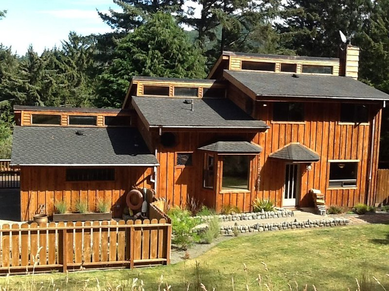 Carter House at Nautical Way, vacation rental in Ophir