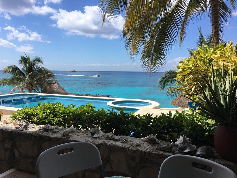 Oceanfront Condo - Private Beach for Rent in Beautiful Cozumel, holiday rental in San Miguel de Cozumel