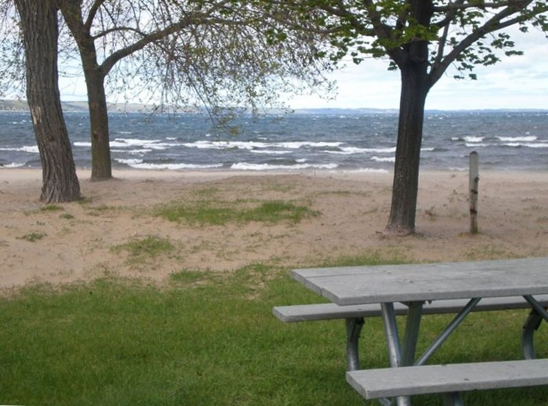 A wonderful place all year long!, vacation rental in Traverse City