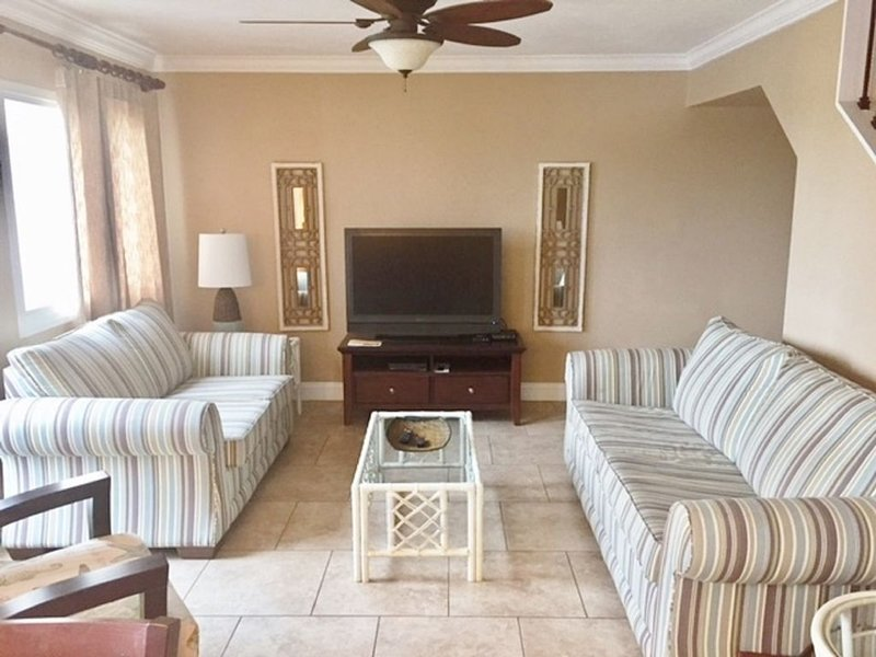 Paradise Found! Relax and Unwind!, holiday rental in Carillon Beach