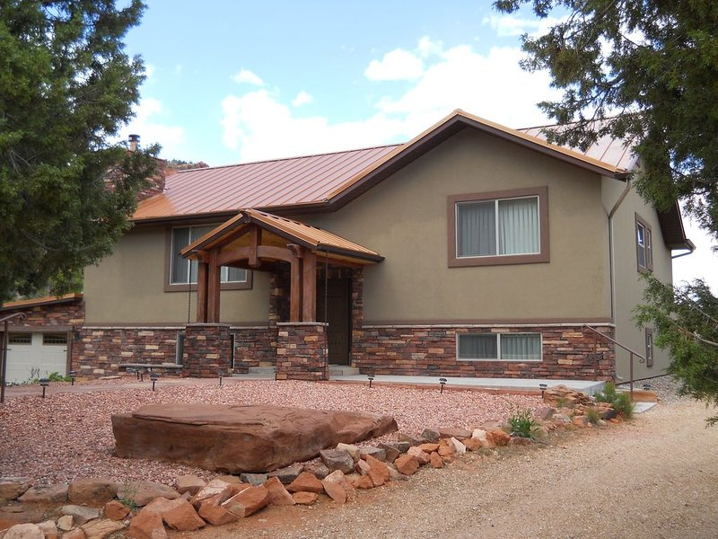 Vermillion Canyon Hideaway. Long, private drive. Secluded & Private.