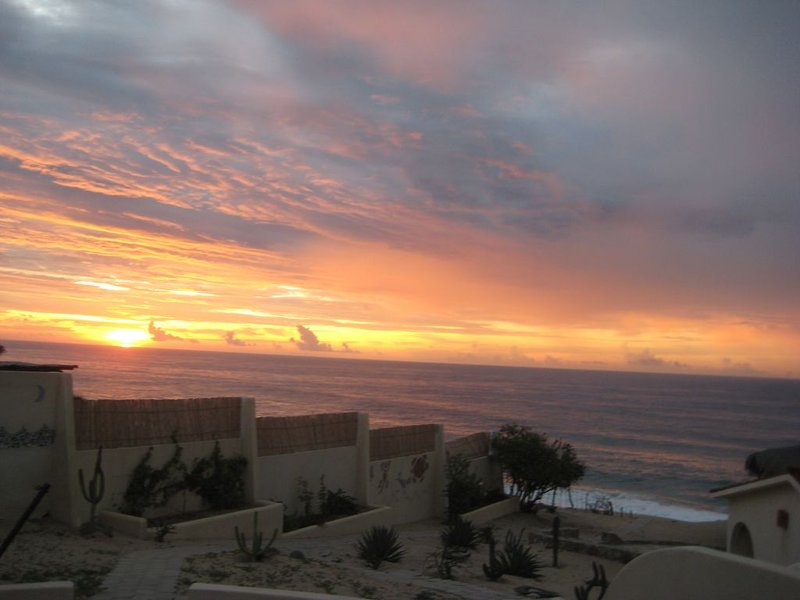 Beachfront property -- swimmable beach — accommodates from 2 to 12 people., vacation rental in Boca de la Vinorama