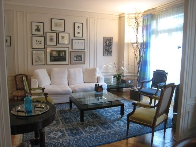 Eiffel Tower / Champ De Mars Elegant and Refined Apartment, holiday rental in Paris