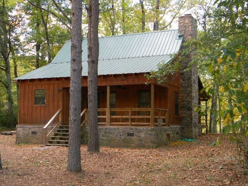 Paradise on the Little Red River - New. Excellent pricing & prime trout fishing!, alquiler de vacaciones en Tumbling Shoals