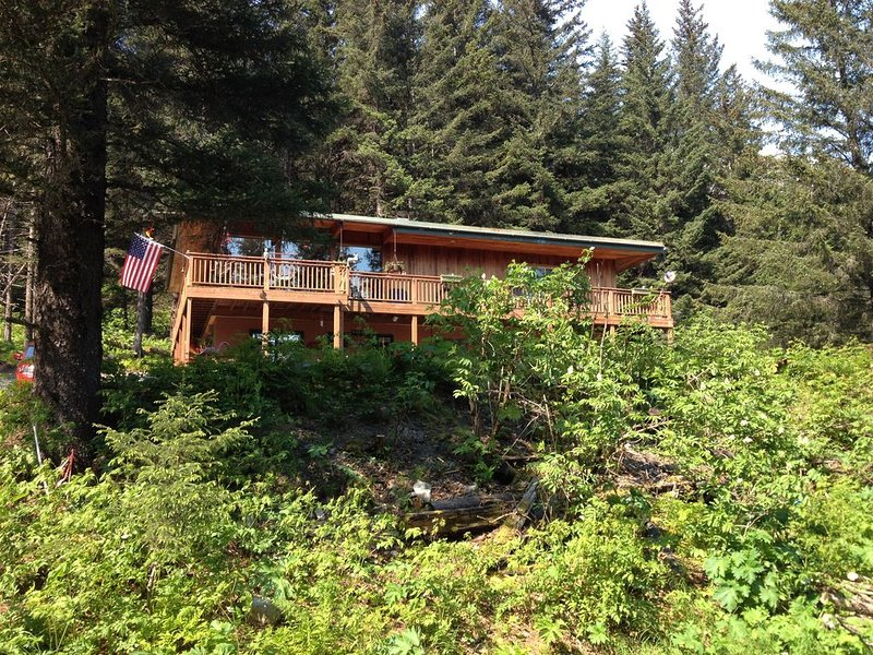 Peaceful Location in Town, Low-Mobility Friendly, vacation rental in Seward