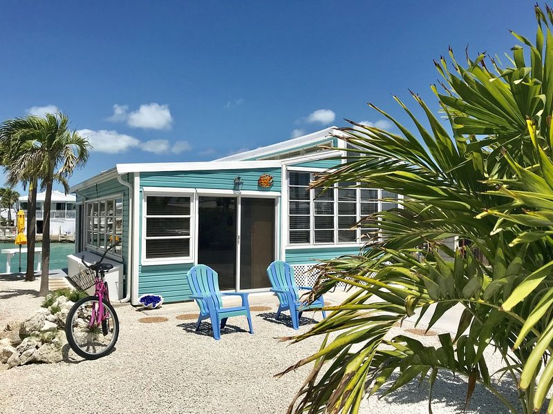 Sparkling Clean & New Turn Key 1Bd/1Ba, holiday rental in Cudjoe Key