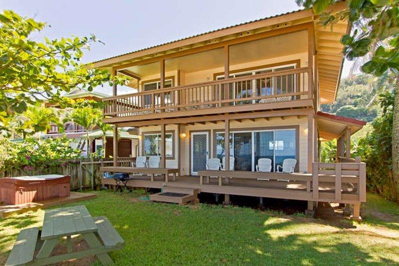 North Shore beachfront, luxury with hot tub and air conditioning, alquiler de vacaciones en Pupukea