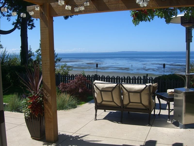 Oceanfront Luxury - Incredible Views and Private Beach Access, alquiler vacacional en Blaine