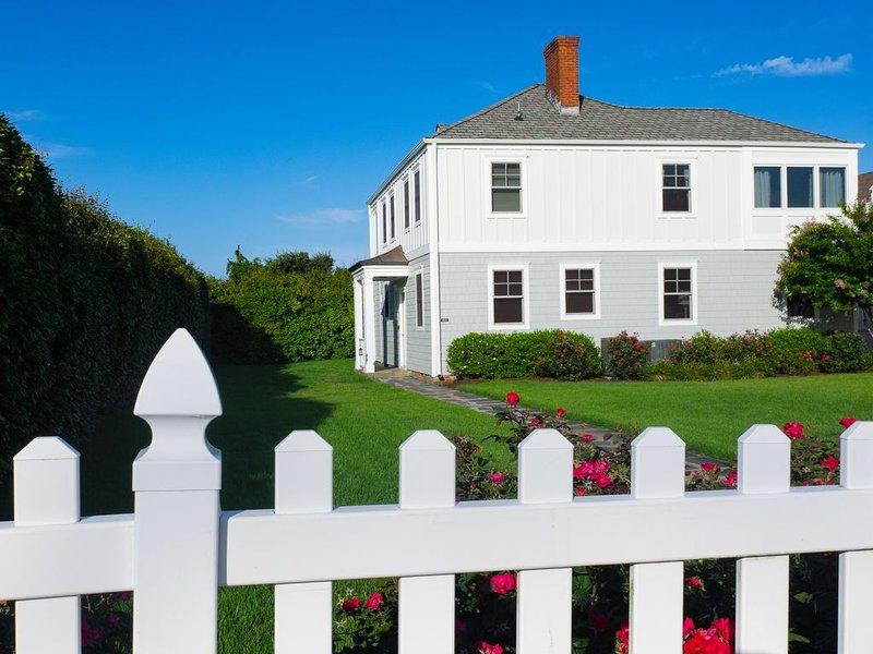 'Hazel's Hideaway' - Newly Renovated North End Oceanfront Home - 7 Night Minimum, alquiler de vacaciones en Virginia Beach