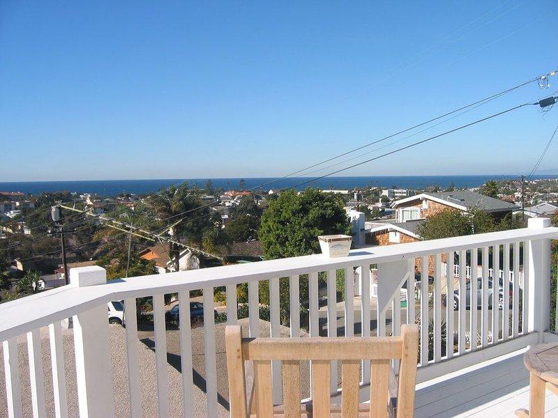 Stunning panoramic ocean views! Encinitas-walk to beach, close to Del MarTrack, location de vacances à Encinitas
