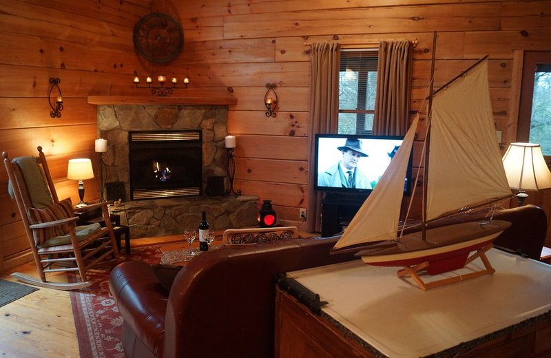 Secluded Mtn Log Cabin with 100' Waterfall, Pond, and Streams, vacation rental in Banner Elk
