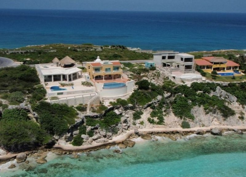 Isla Mujeres' Finest Oceanfront Home Special Summer Rates!, holiday rental in Playa Mujeres