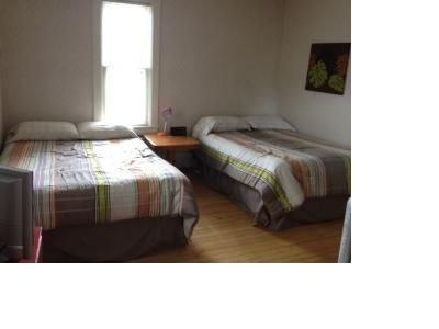 Deux lits au premier étage. Chambre n ° 1.