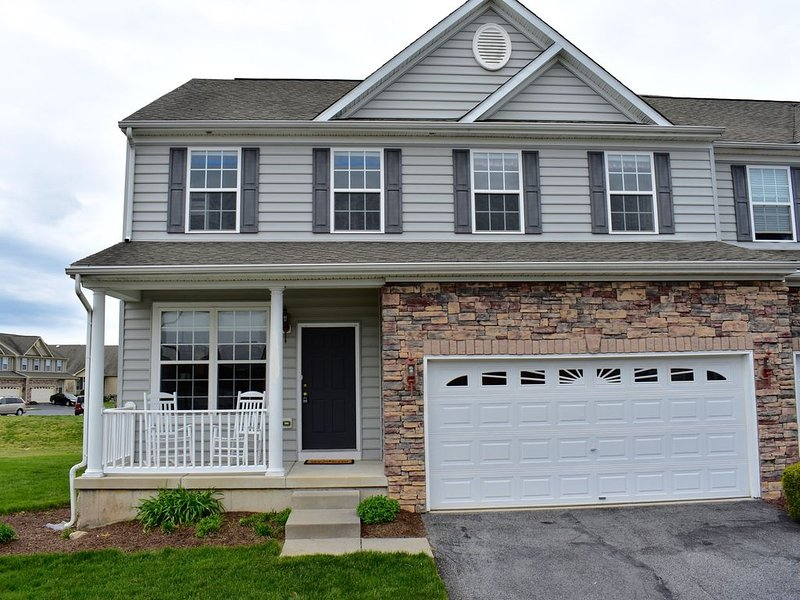 4 Bed Townhome - Lewes/Rehoboth (Sept 20-25 available), holiday rental in Harbeson