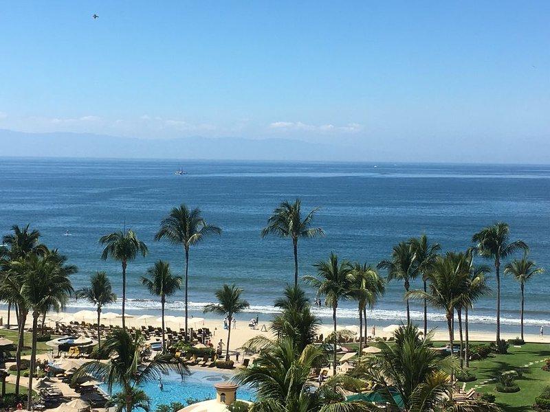 7th Floor Sunset Views - Brad & Joey - Villa La Estancia, alquiler de vacaciones en Nuevo Vallarta