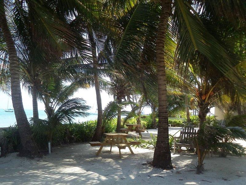 """Paradise Villas zona de descanso. Lo llamamos """"la sala de estar""""."""