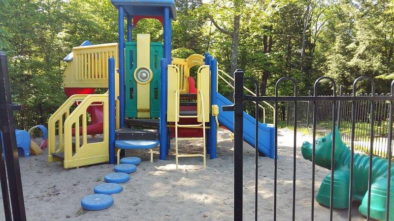 lekplats och barnläger (avgift)