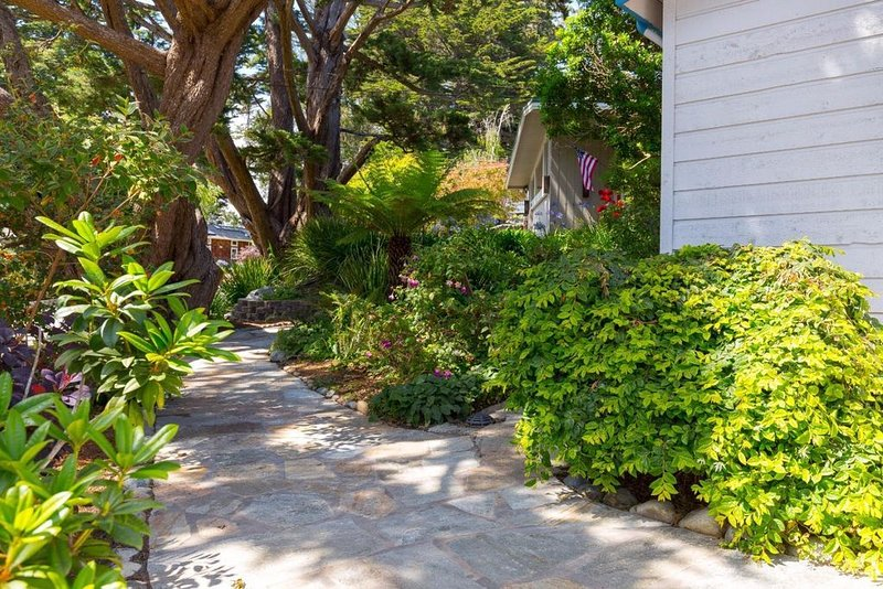 Quiet Coastal Beach/Golf Getaway in Desirable Rio Del Mar Aptos!, location de vacances à La Selva Beach