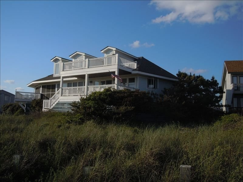 Oceanfront /Spectacular Views/New Renovation/OCEAN BEACH, vacation rental in Southport