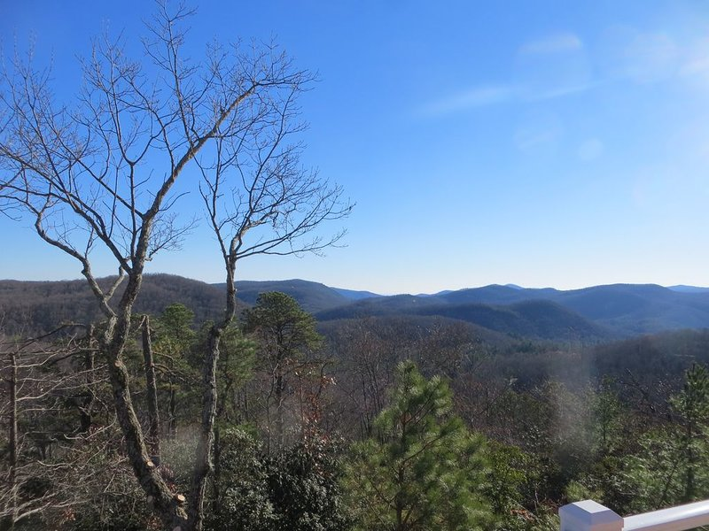 NC Moutain Lodge with Panoramic Views:  Pisgah Mtn to the North,, holiday rental in Brevard