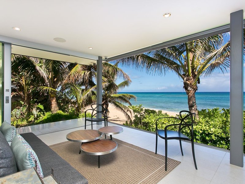 Modern Haleiwa Beachfront Luxury, holiday rental in Haleiwa