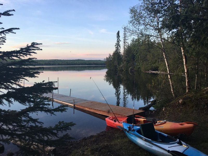 New to VRBO  'All is Well' Pike Lake Cabin, holiday rental in Lutsen