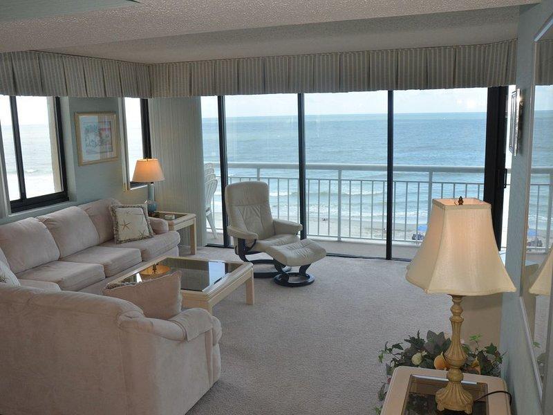 Corner Unit - Ceiling to floor, wrap-around Ocean View, vacation rental in North Myrtle Beach