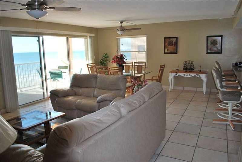 Isabel's Beach Paradise with a Spectacular View, vacation rental in Indian Shores