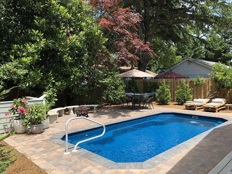 Charming, 5BR, pool, firepit, pet friendly, DE opens June 1!!, alquiler de vacaciones en Dewey Beach