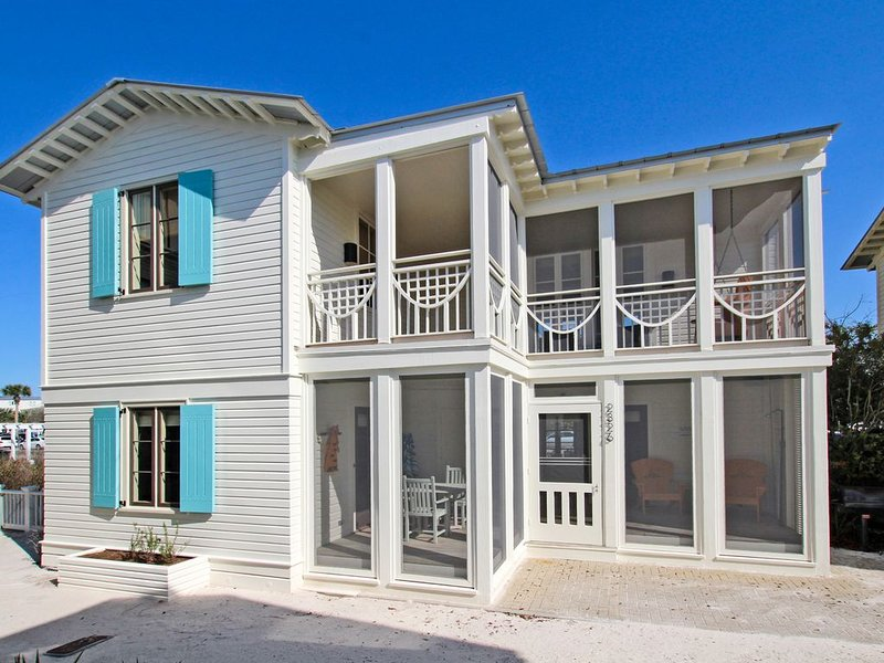 Love Me Tender, Love Me True - Gulf Views, Cottage Living in Seaside, FL, aluguéis de temporada em Seaside