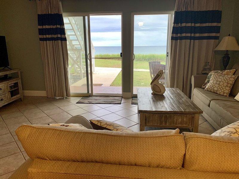 Oceanfront! Spectacular View! 1 Bedroom Condo W Pool, casa vacanza a Alys Beach
