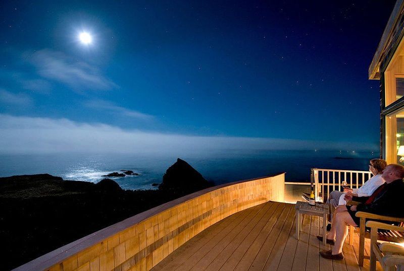 'Seaspray' - Executives Personal Oceanfront Getaway!, casa vacanza a Gualala