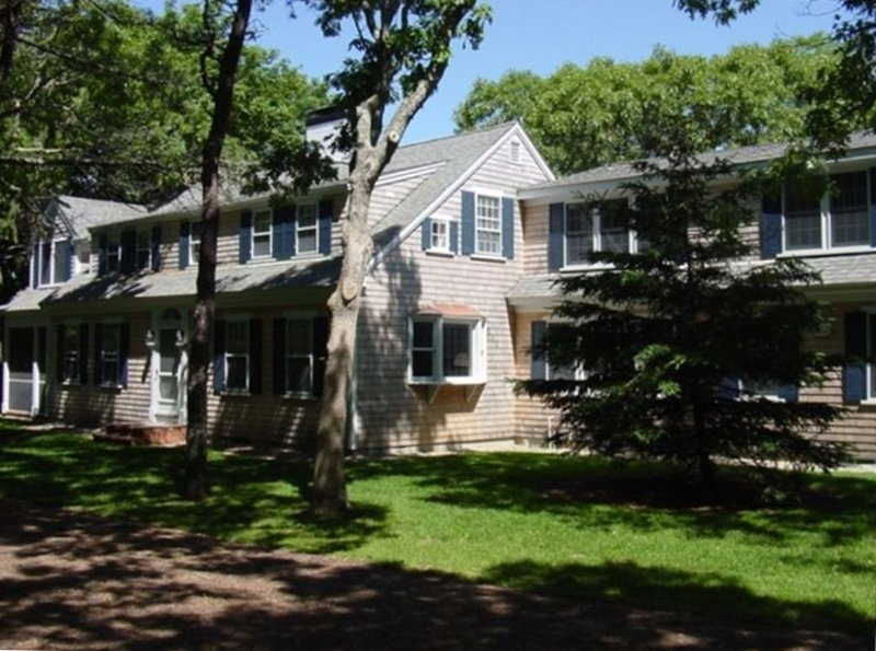 Stunning Cape House Close to Beach and Wychmere Harbor Club, holiday rental in Harwich