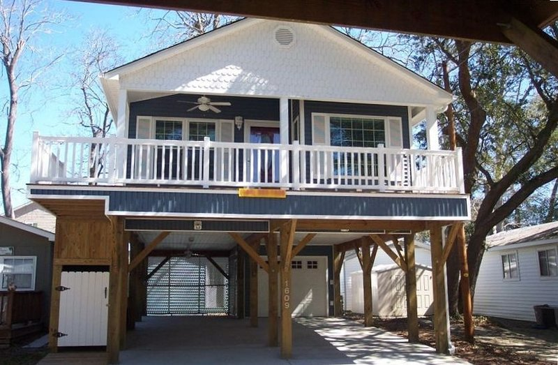 The Blue Heron - 1609 Snapper Lane, location de vacances à Surfside Beach