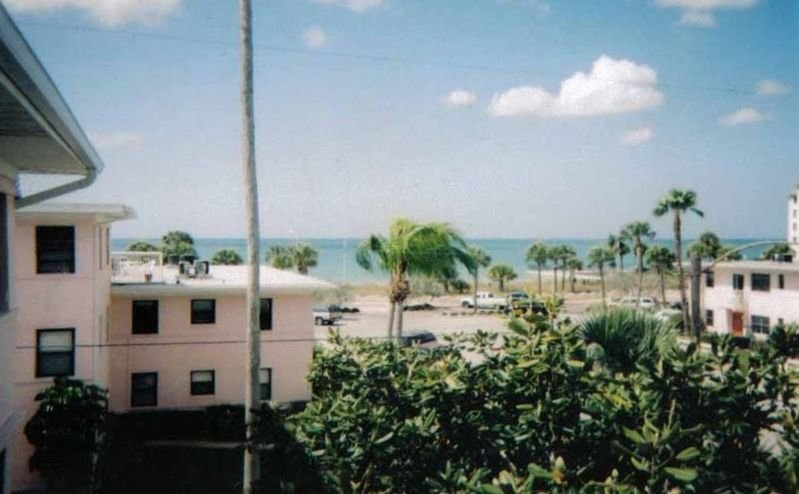 Ocean View Rooftop Patio with 2 Bedrooms in Gulf Winds,  St Pete Beach, holiday rental in St. Pete Beach