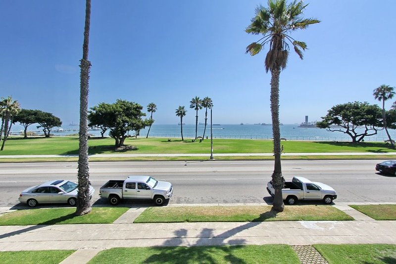 Amazing Ocean View Villa 2 with over 200 web reviews!, holiday rental in Belmont Shore