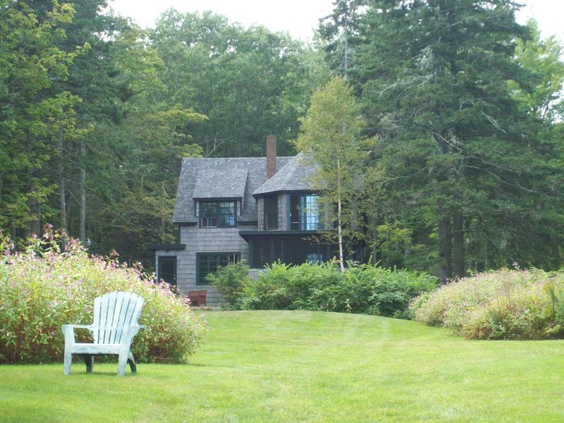 Classic Maine Cottage  -  Crafted for Memories, Ferienwohnung in North Haven