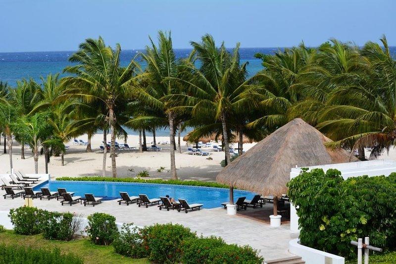 Cozumel Condo on the Beach, location de vacances à Cozumel
