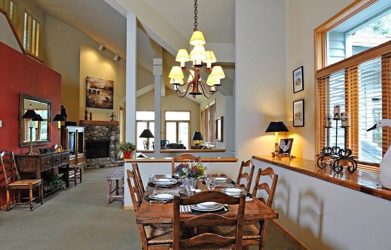 Spacious Luxury Condo with Pool, Hot Tub & Outdoor Activities, aluguéis de temporada em Sun Valley