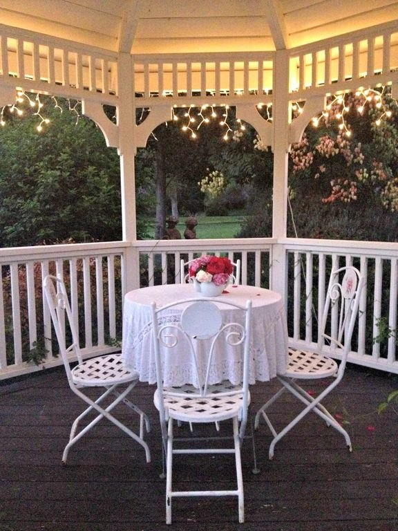 The illuminated Gazebo is an especially romantic bonus with the cottage rental!