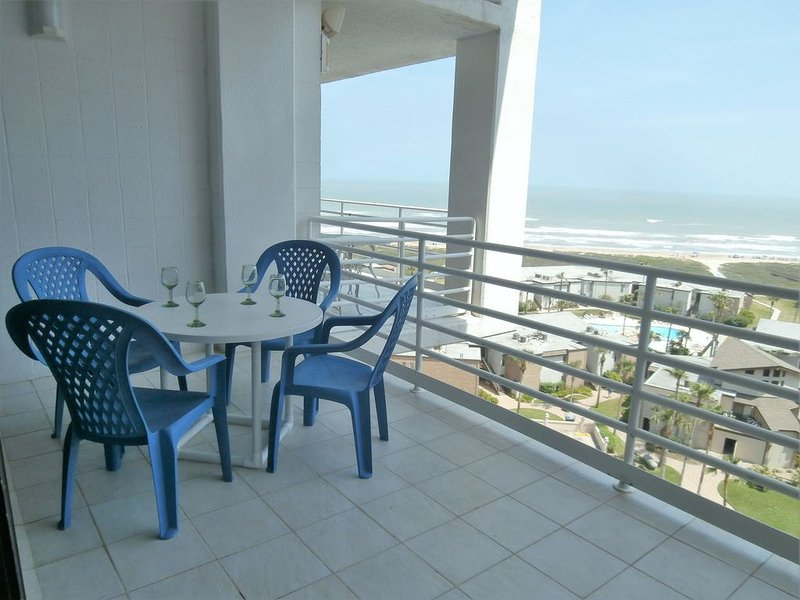 9th Floor Views For Everyone to Enjoy that Island Breeze!!!!, vacation rental in Port Isabel