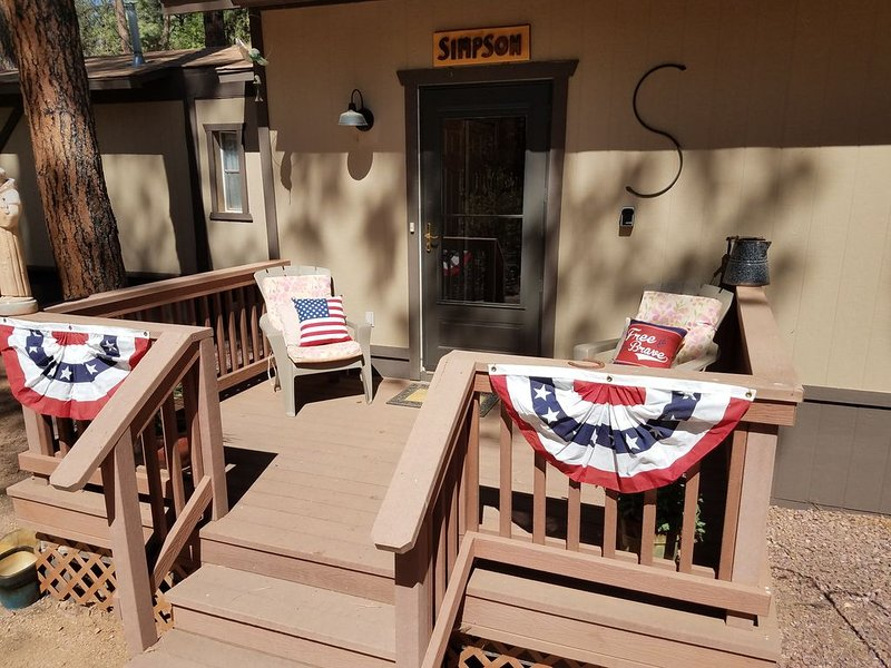 Escape to Cool Twin Pines!, vacation rental in Pine