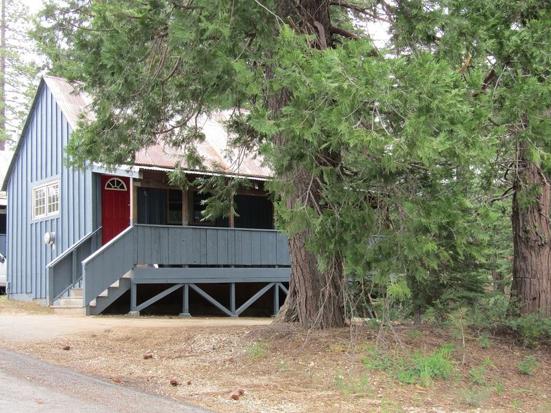 China Alley - Cabin C, vacation rental in Quincy