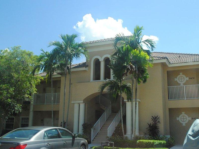 Easily Accessible First Floor Condo In PGA Village, casa vacanza a Port Saint Lucie