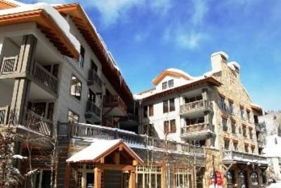 Luxury, Slope-Side w/ view, FREE NETFLIX, NEWLY UPDATED!!!, holiday rental in Copper Mountain