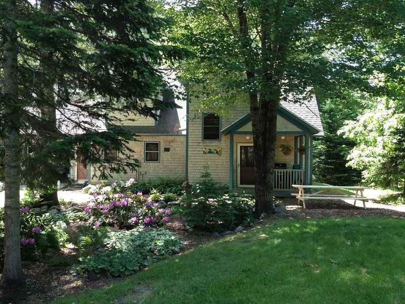 Heartwood Home: 4 Bedroom Family Home Adjacent To Acadia National Park, alquiler de vacaciones en Bar Harbor